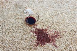 8 cách tẩy vết bẩn trên thảm trải sàn hiệu quả cho từng loại